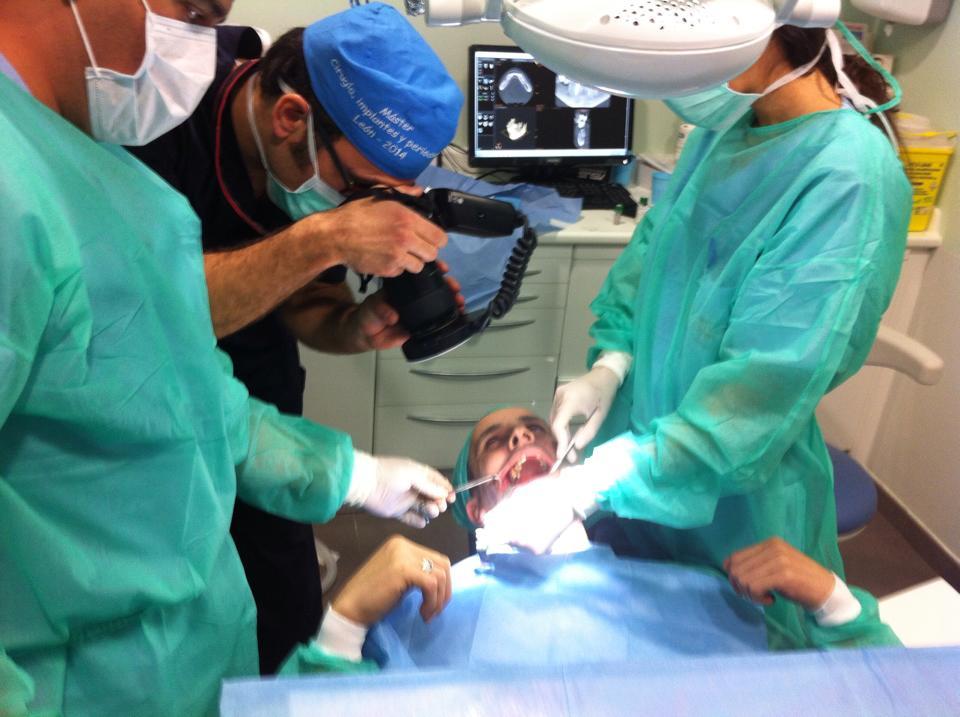 Master ciruga implantologa periodoncia fotografia clnica