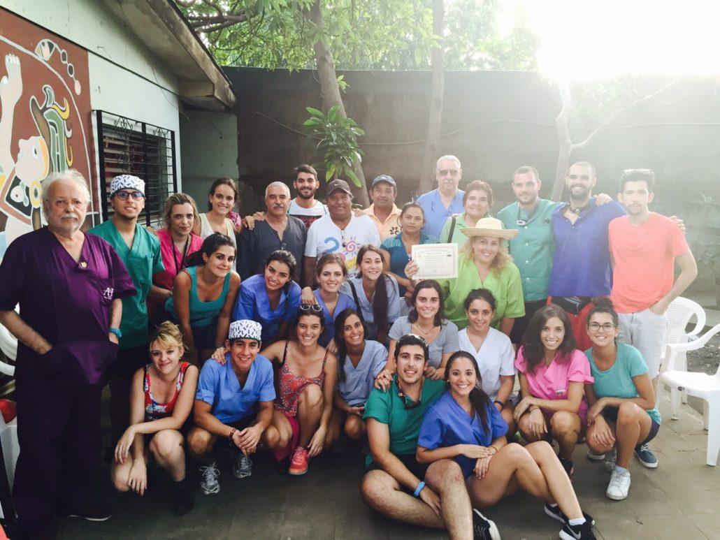 dentistas-de-las-rozas-y-torrelodones-en-colaboracion-con-la-ong-dentistas-sin-limites-nicaragua-2015